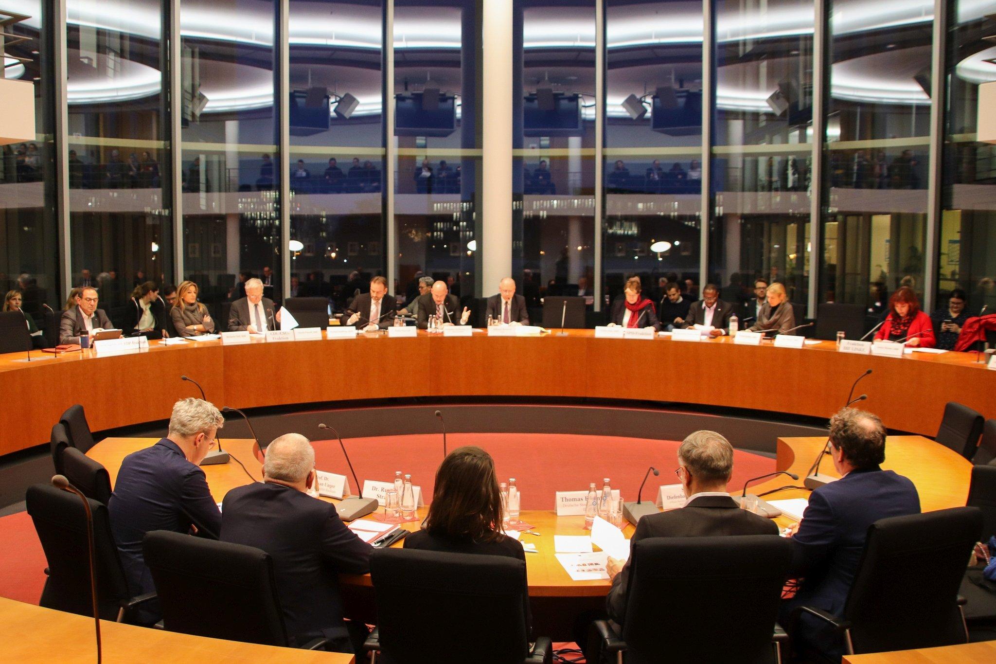 Öffentliche Anhörung Gemeinützigkeitsrecht - Unterausschuss Bürgerschaftliches Engagement  Foto © Nikolaus Hausser